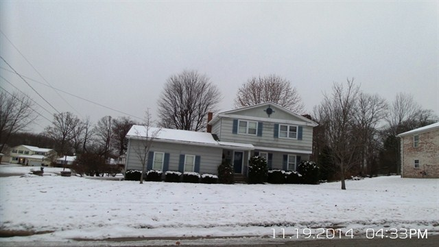 5940 Applecrest Dr, Youngstown, OH 44512